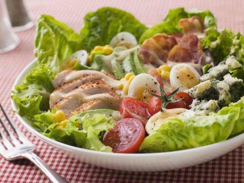 Салат цезарь с курицей — 10 рецептов приготовления в домашних условиях