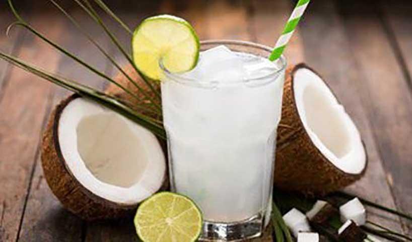 Вот что происходит с вашим телом, когда вы пьете кокосовую воду натощак!