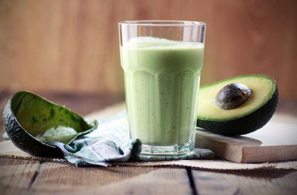 Зеленая бомба в стакане - самый быстрый жиросжигающий напиток