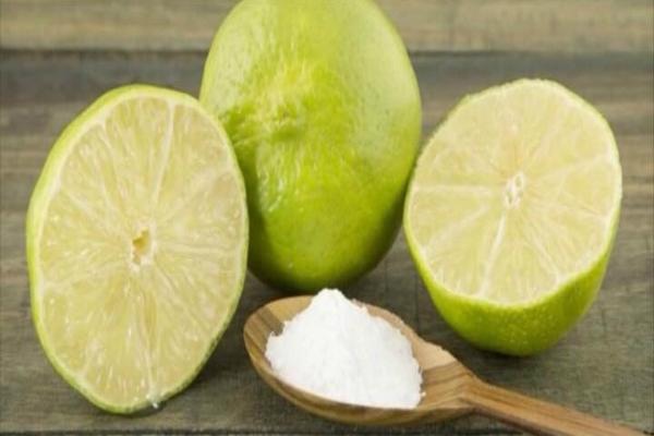 Половина лимона и пищевая сода: это удивительно, что эти ингредиенты могут сделать! Стоит попробовать!