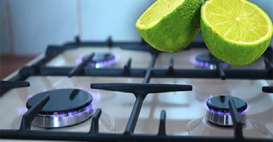 Как легко очистить плиту, чтобы она была как новая, используя лимон этим способом.