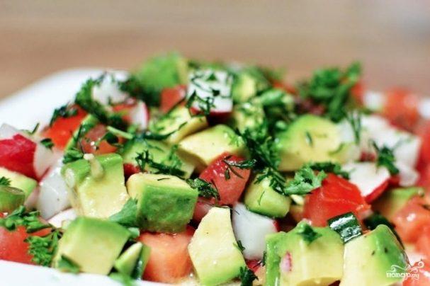 ПП-салат из авокадо и овощей, для тех, кто следит за свои питанием!
