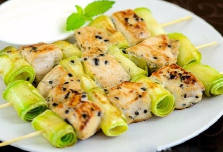 Куриные шашлычки с кабачками- что может быть лучше для диеты!