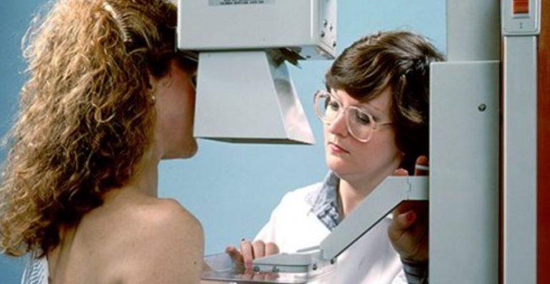 Хирурги признают, что маммография устарела и вредна для женщин