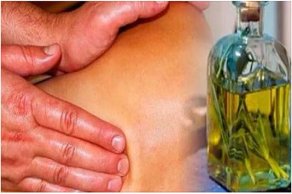 Вот как приготовить розмариновый спирт и попрощаться с целлюлитом, варикозными венами и боль в мышцах и суставах!