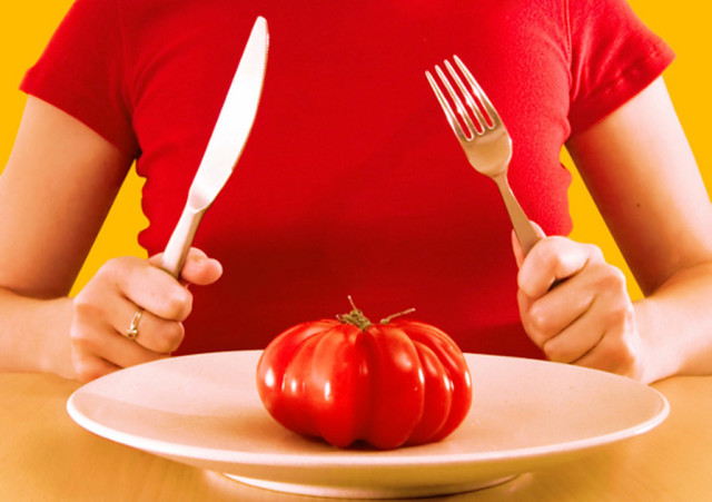 Устрой разгрузочный день на томатном соке и избавься от 1 кг лишнего веса!