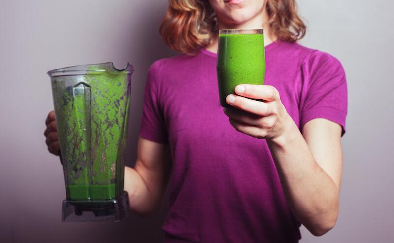 С этим зеленым напитком вы избавитесь от 15 кг токсинов в прямой кишке!