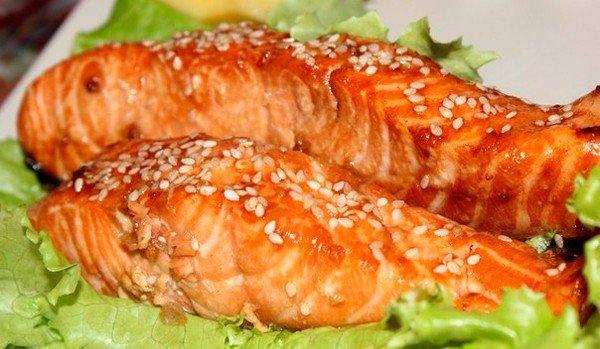 Диетический ужин: лосось с мёдом и горчицей по-королевски!